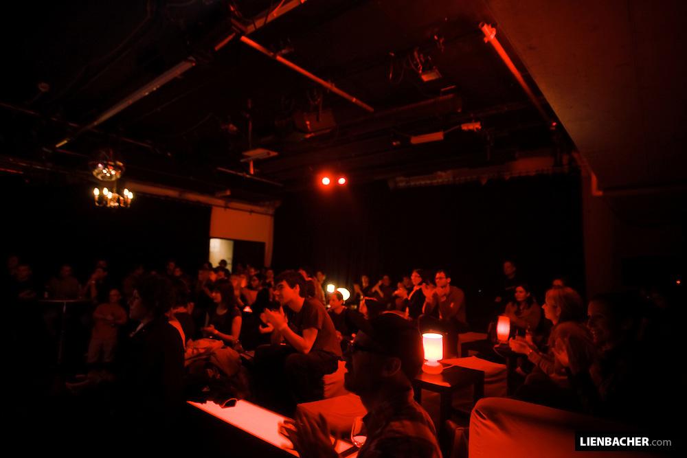 27. 2. 09: ARGEkultur Salzburg / Roter Salon - Martin Klein: Support wemakemusic. Foto: Wolfgang Lienbacher