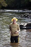 Rio Acima_MG, Brasil...Retrato do ambientalista Apolo Lisboa nadando no despoluido Rio das Velhas. Apolo e o idealizador do projeto Manuelzao, responsavel pela recuperacao do Rio das Velhas, importante rio do estado de Minas Gerais...Portrait of environmentalist Apolo Lisboa swimming in the Rio das Velhas. Apollo is the creator of the Manuelzao project, responsible for the recovery of the Rio das Velhas, a major river in the state of Minas Gerais...Foto: BRUNO MAGALHAES / NITRO