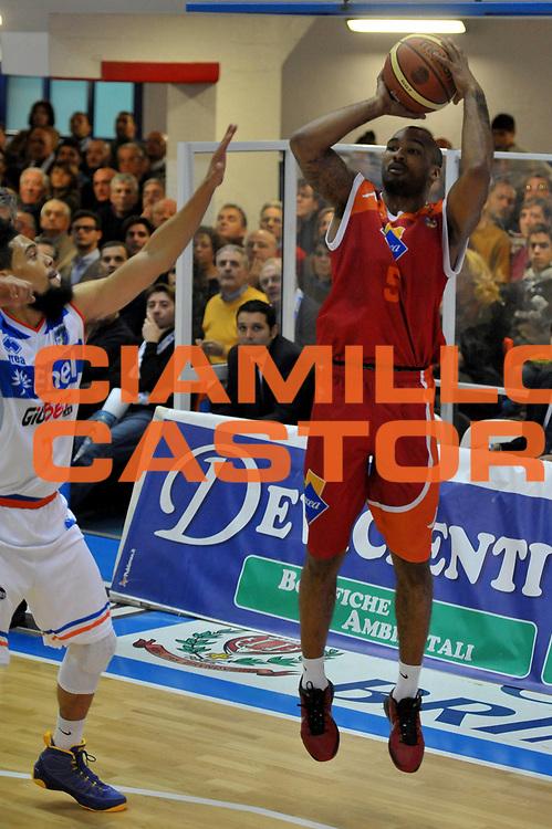 DESCRIZIONE : Brindisi Lega A 2012-13 Enel Brindisi Acea Roma<br /> GIOCATORE : Goss Phil<br /> CATEGORIA : Tiro<br /> SQUADRA : Acea Roma<br /> EVENTO : Campionato Lega A 2012-2013 <br /> GARA : Enel Brindisi Acea Roma<br /> DATA : 30/12/2012<br /> SPORT : Pallacanestro <br /> AUTORE : Agenzia Ciamillo-Castoria/V.Tasco<br /> Galleria : Lega Basket A 2012-2013  <br /> Fotonotizia : Brindisi Lega A 2012-13 Enel Brindisi Acea Roma<br /> Predefinita :