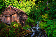Old Mill, Lewis River, Washington, USA