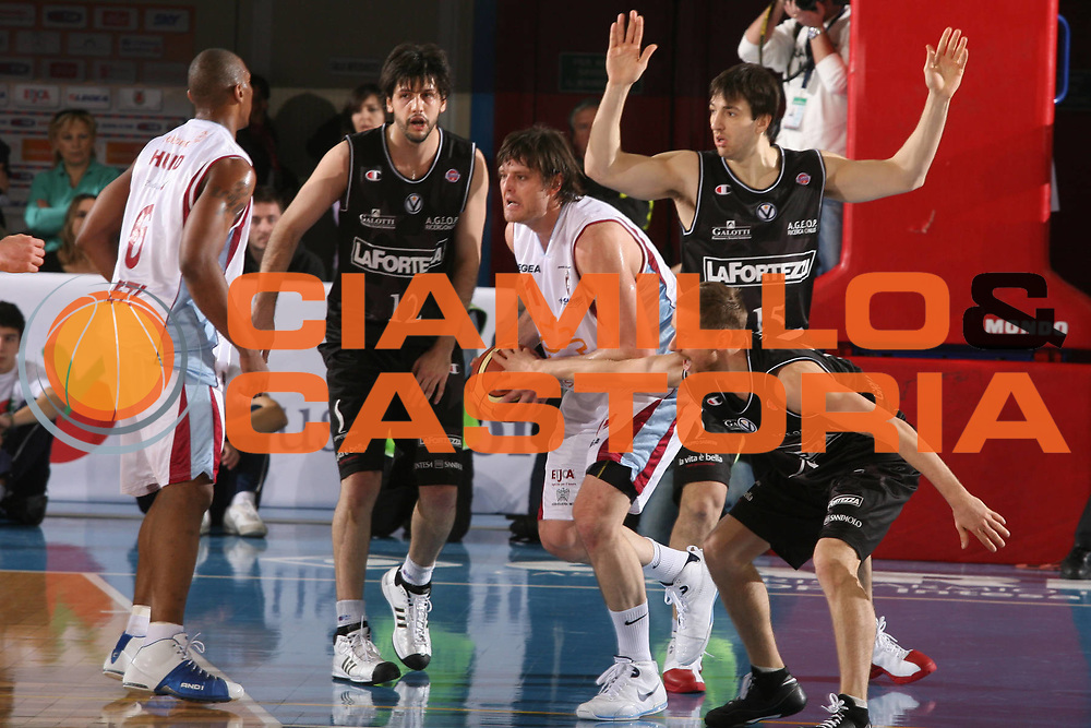 DESCRIZIONE : Rieti Lega A1 2007-08 Solsonica Rieti VidiVici Virtus Bologna <br /> GIOCATORE : Wade Helliwell <br /> SQUADRA : Solsonica Rieti <br /> EVENTO : Campionato Lega A1 2007-2008 <br /> GARA : Solsonica Rieti VidiVici Virtus Bologna <br /> DATA : 29/03/2008 <br /> CATEGORIA : Palleggio <br /> SPORT : Pallacanestro <br /> AUTORE : Agenzia Ciamillo-Castoria/G.Ciamillo