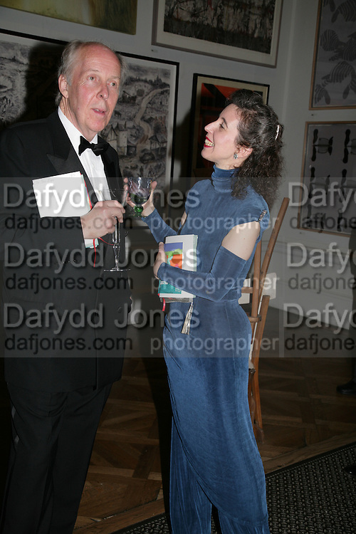 PETER EYRE AND ANGELA HEWITT, Royal Academy Annual Dinner. Piccadilly. London. 5 June 2007.  -DO NOT ARCHIVE-© Copyright Photograph by Dafydd Jones. 248 Clapham Rd. London SW9 0PZ. Tel 0207 820 0771. www.dafjones.com.