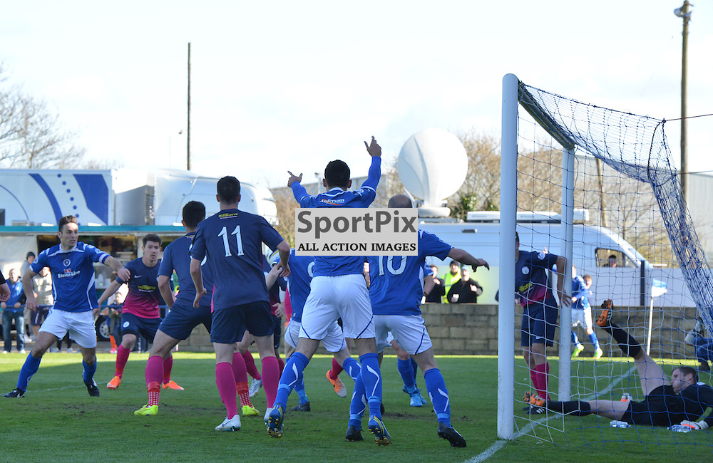 Stranraer players appeal the decision by the ref not to award a goal from Frank McKeown's header as Morton keeper Derek Gaston lies in the goal....(c) BILLY WHITE | SportPix.org.uk