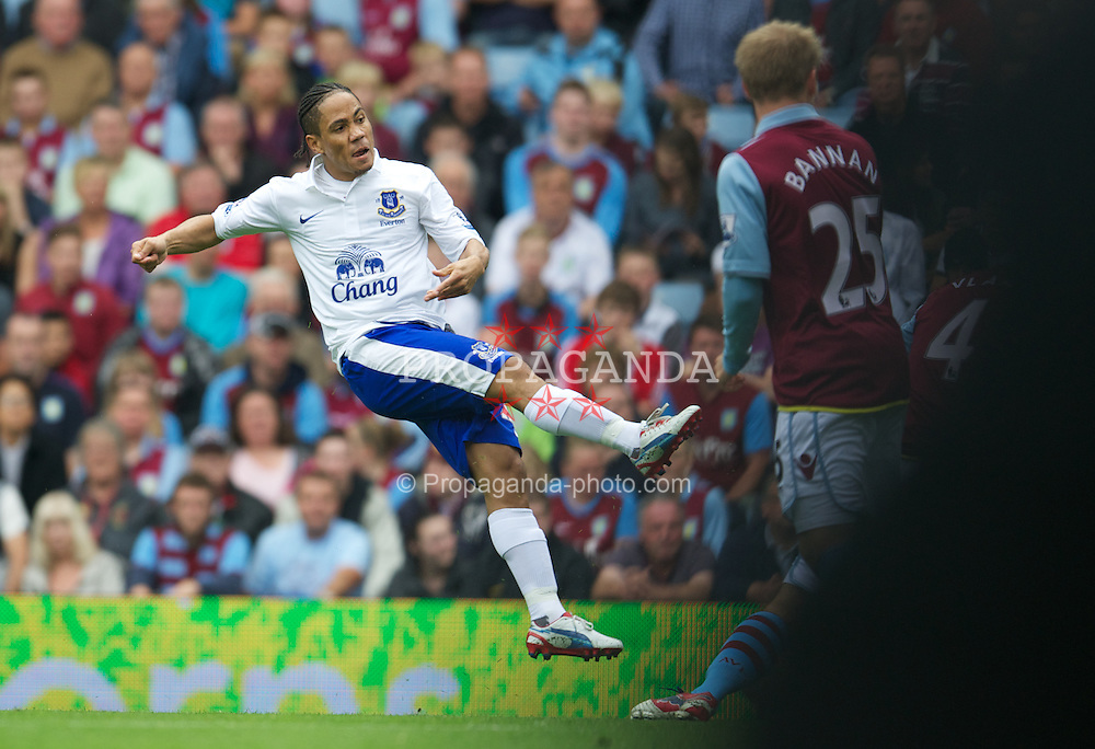 BIRMINGHAM, ENGLAND - Saturday, August 25, 2012: Everton's Steven Pienaar scores the first goal against Aston Villa during the Premiership match at Villa Park. (Pic by David Rawcliffe/Propaganda)