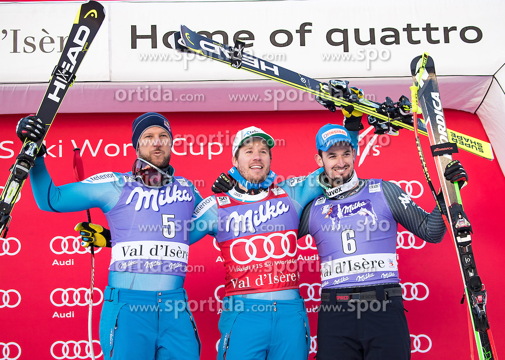 02.12.2016, Val d Isere, FRA, FIS Weltcup Ski Alpin, Val d Isere, Super G, Herren, Siegerpräsentation, im Bild v.l. Aksel Lund Svindal (NOR, 2. Platz), Kjetil Jansrud (NOR, 1. Platz), Dominik Paris (ITA, 3. Platz) // f.l.t.r. second Placed Aksel Lund Svindal of Norway, race winner Kjetil Jansrud of Norway, third placed Dominik Paris of Italy during the winner presentation for the men's SuperG of the Val d Isere FIS Ski Alpine World Cup.. Val d'Isere, France on 2016/02/12. EXPA Pictures © 2016, PhotoCredit: EXPA/ Johann Groder