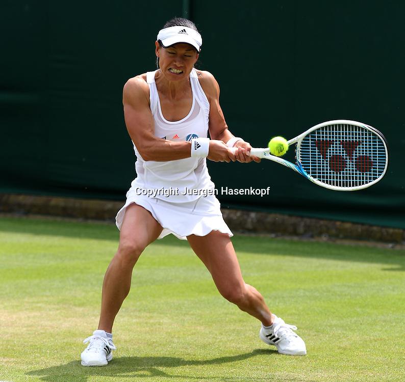 Wimbledon Championships 2013, AELTC,London,<br /> ITF Grand Slam Tennis Tournament,Kimiko Date-Krumm (JPN),Aktion,Einzelbild,Ganzkoerper,Querformat,