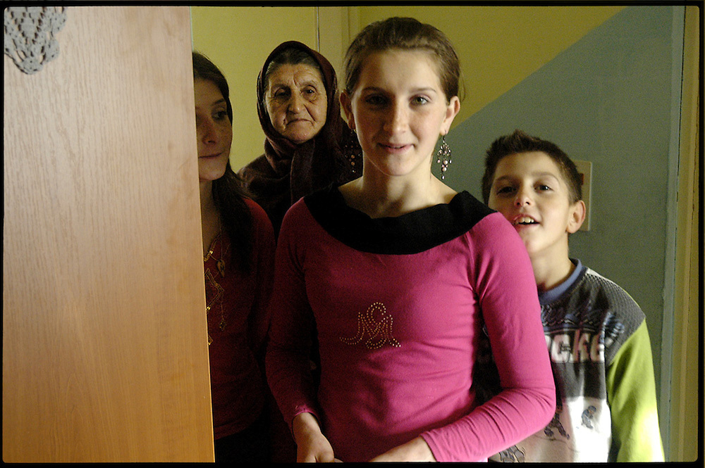 Mevludin Oric's daughter (front) and mother (rear).