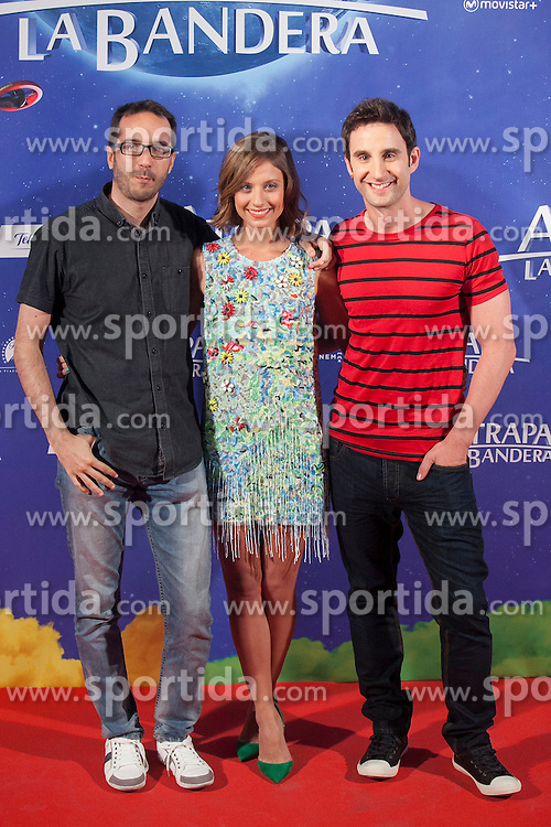 26.08.2015, Kinepolis Cinema, Madrid, ESP, Atrapa la Bandera, Premiere, im Bild Film director Enrique Gato (L) and actors Michelle Jenner and Dani Rovira pose // during the premiere of spanish cartoon 'Capture The Flag&quot; at the Kinepolis Cinema in Madrid, Spain on 2015/08/26. EXPA Pictures &copy; 2015, PhotoCredit: EXPA/ Alterphotos/ Victor Blanco<br /> <br /> *****ATTENTION - OUT of ESP, SUI*****