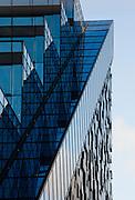 Fasade av DNB bygning C av Dark arkitekter, Bjørvika