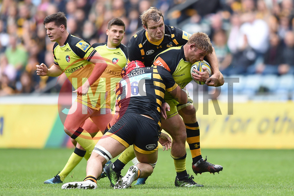 Tom Youngs of Leicester Tigers takes on the Wasps defence - Mandatory byline: Patrick Khachfe/JMP - 07966 386802 - 20/05/2017 - RUGBY UNION - Ricoh Arena - Coventry, England - Wasps v Leicester Tigers - Aviva Premiership Semi Final.