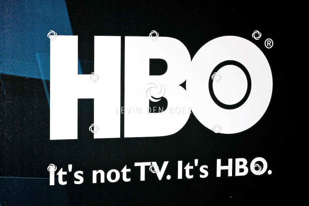 AMSTERDAM - In De Oude Kerk is de blauwe loper van Home Box Office HBO uitgerold. Het HBO logo op de foto. FOTO LEVIN DEN BOER - PERSFOTO.NU