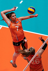 29-05-2019 NED: Volleyball Nations League Netherlands - Bulgaria, Apeldoorn<br /> Juliët Lohuis #7 of Netherlands