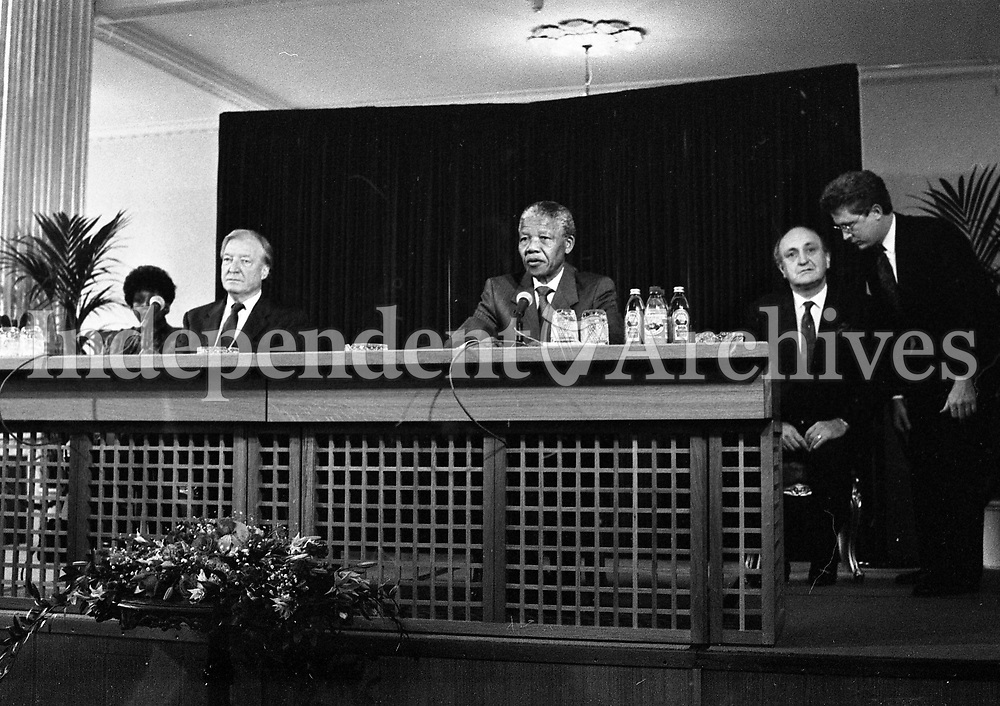 Nelson Mandela is pictured at the joint press conference with An Taoiseach Charles J Haughey at Dublin Castle, 02/07/1990 (Part of the Independent Newspapers Ireland/NLI Collection).