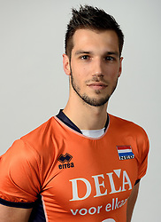 13-05-2014 NED: Selectie Nederlands volleybal team mannen, Arnhem<br /> Op Papendal werd het Nederlands team volleybal seizoen 2014-2015 gepresenteerd / Bas van Bemmelen