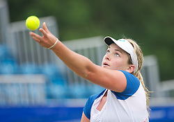 LIVERPOOL, ENGLAND - Thursday, June 20, 2013: Coco Vandeweghe during Day One at the Liverpool Hope University International Tennis Tournament at Calderstones Park. (Pic by David Rawcliffe/Propaganda)