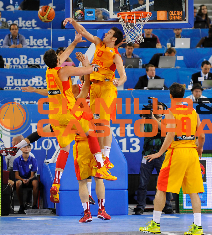 DESCRIZIONE : Lubiana Ljubliana Slovenia Eurobasket Men 2013 Finale Terzo Quarto Posto Spagna Croazia Final for 3rd to 4th place Spain Croatia<br /> GIOCATORE : Victor Claver<br /> CATEGORIA : stoppata block<br /> SQUADRA : Spagna Spain<br /> EVENTO : Eurobasket Men 2013<br /> GARA : Spagna Croazia Spain Croatia<br /> DATA : 22/09/2013 <br /> SPORT : Pallacanestro <br /> AUTORE : Agenzia Ciamillo-Castoria/H.Bellenger<br /> Galleria : Eurobasket Men 2013<br /> Fotonotizia : Lubiana Ljubliana Slovenia Eurobasket Men 2013 Finale Terzo Quarto Posto Spagna Croazia Final for 3rd to 4th place Spain Croatia<br /> Predefinita :