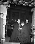 "21/12/1952<br /> 12/21/1952<br /> 21 December 1952<br /> Archbishop John McQuaid arriving at the Capitol Theatre Dublin for Our Lady's Choral Society and the Radio Eireann Symphony Orchestra's production of Handel's ""Messiah""."