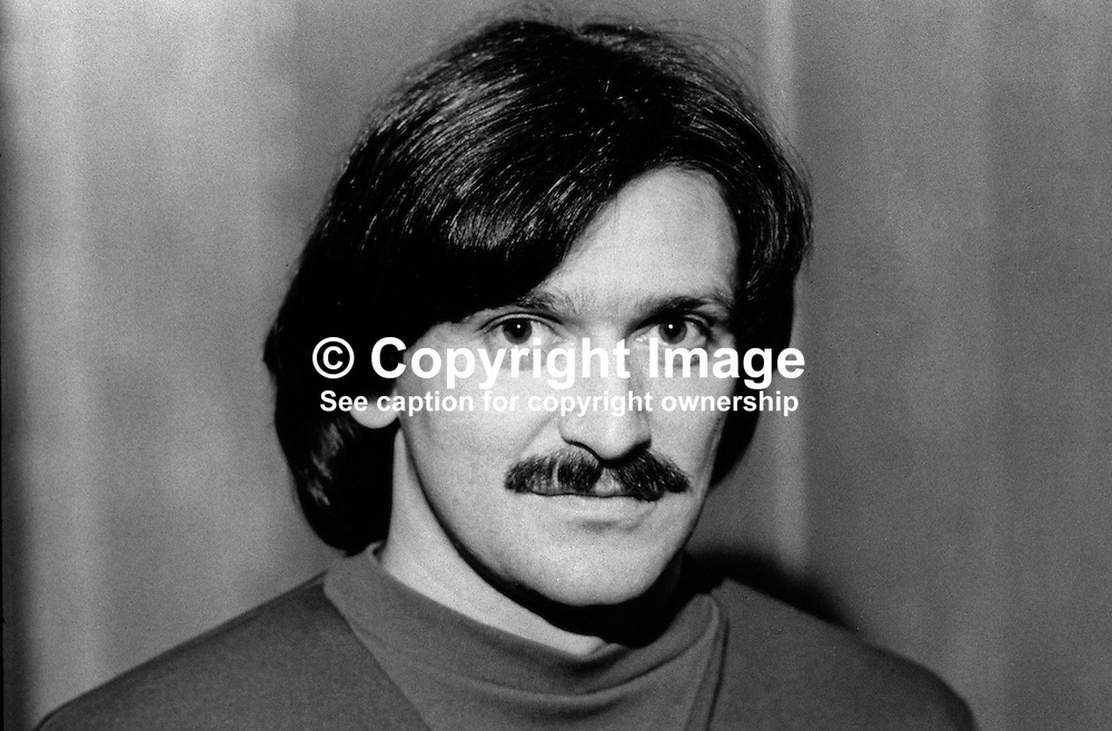 Trevor Anderson, footballer, Linfield FC, Belfast, N Ireland, 198201004TA..Copyright Image from Victor Patterson, 54 Dorchester Park, Belfast, UK, BT9 6RJ..Tel: +44 28 9066 1296.Mob: +44 7802 353836.Voicemail +44 20 8816 7153.Skype: victorpattersonbelfast.Email: victorpatterson@me.com.Email: victorpatterson@ireland.com (back-up)..IMPORTANT: If you wish to use this image or any other of my images please go to www.victorpatterson.com and click on the Terms & Conditions. Then contact me by email or phone with the reference number(s) of the image(s) concerned.