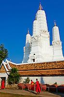 Thailande, Phetchaburi, Wat Mahathat Worawihan //Thailand, Petchaburi, Wat Mahathat Worawihan
