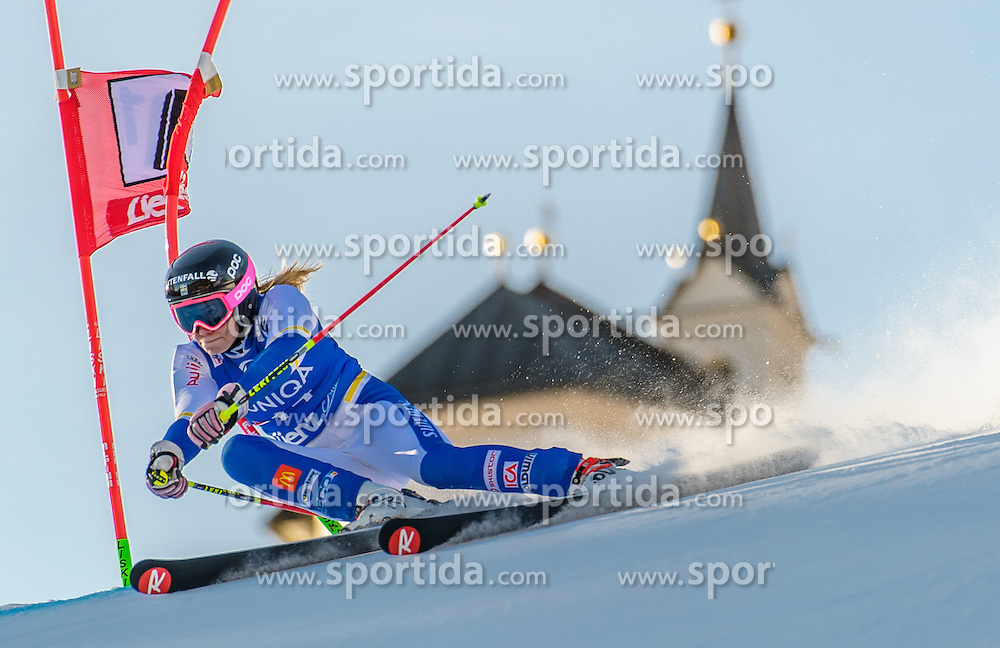 28.12.2015, Hochstein, Lienz, AUT, FIS Ski Weltcup, Lienz, Riesenslalom, Damen, 1. Durchgang, im Bild Frida Hansdotter (SWE) // Frida Hansdotter of Sweden during 1st run of ladies Giant Slalom of the Lienz FIS Ski Alpine World Cup at the Hochstein in Lienz, Austria on 2015/12/28. EXPA Pictures © 2015, PhotoCredit: EXPA/ Michael Gruber