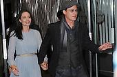 Angelina Jolie and Brad Pitt sign arrive outside Cinema