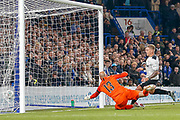 Goal - Derby County forward Martyn Waghorn (9), scores  during the EFL Cup 4th round match between Chelsea and Derby County at Stamford Bridge, London, England on 31 October 2018.