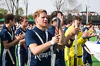 AMSTELVEEN -  Hockey Hoofdklasse heren Pinoke-Amsterdam (3-6).  een geëmotioneerde  Dennis Warmerdam (Pinoke) , die  vanwege kanker en een tumor in zijn arm, zijn hockeycarrière moet beëindigen ,   na afloop van de wedstrijd tegen A'dam.  COPYRIGHT KOEN SUYK