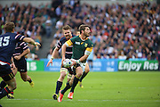 South Africa's Willie Le Roux looking for an offload during the Rugby World Cup Pool B match between South Africa and USA at the Queen Elizabeth II Olympic Park, London, United Kingdom on 7 October 2015. Photo by Matthew Redman.