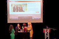 15-1-2015 UTRECHT - Koningin Máxima is donderdag 15 januari in Utrecht aanwezig bij het vierde Taal doet meer College. Tijdens deze bijeenkomst lanceert de Koningin de 'Krachtvinder', een online portal waar werkgevers en werkzoekenden met een taalachterstand elkaar gemakkelijker kunnen vinden in het Zimihic theater Stefanus . COPYRIGHT ROBIN UTRECHT