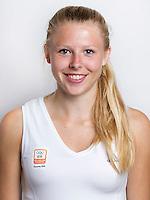 VUGHT - Roos Broek van het Olympisch jeugdteam dat naar Singapore gaat. FOTO KOEN SUYK (copyrightvrijgebruik voor KNHB en Hockey.nl)