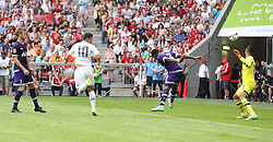 04.08.2015, Allianz Arena, Muenchen, GER, AUDI CUP, Real Madrid vs Tottenham Hotspur, im Bild James Rodriguez (Real Madrid CF #10) mit dem Fuehrungs Tor zum 1:0 gegen Torwart Michel Vorm (Tottenham Hotspur #13) // during the 2015 Audi Cup Match between Real Madrid and Tottenham Hotspur at the Allianz Arena in Muenchen, Germany on 2015/08/04. EXPA Pictures &copy; 2015, PhotoCredit: EXPA/ Eibner-Pressefoto/ Sch&uuml;ler<br /> <br /> *****ATTENTION - OUT of GER*****