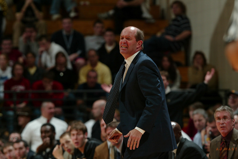Vanderbilt head coach Kevin Stallings as Indiana lost 67-60 to Vanderbilt in the opening round of the 2005 NIT at Assembly Hall in Bloomington, Ind., Wednesday, March 15, 2005.  (Mandatory Credit: AJ Mast/Ronin Images)......***LOW RES FPO ONLY, HIGH RES AVALIBLE OFFLINE***