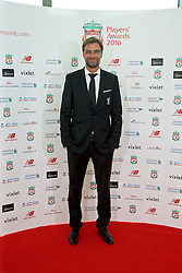 LIVERPOOL, ENGLAND - Thursday, May 12, 2016: Liverpool's manager Jürgen Klopp arrives on the red carpet for the Liverpool FC Players' Awards Dinner 2016 at the Liverpool Arena. (Pic by David Rawcliffe/Propaganda)