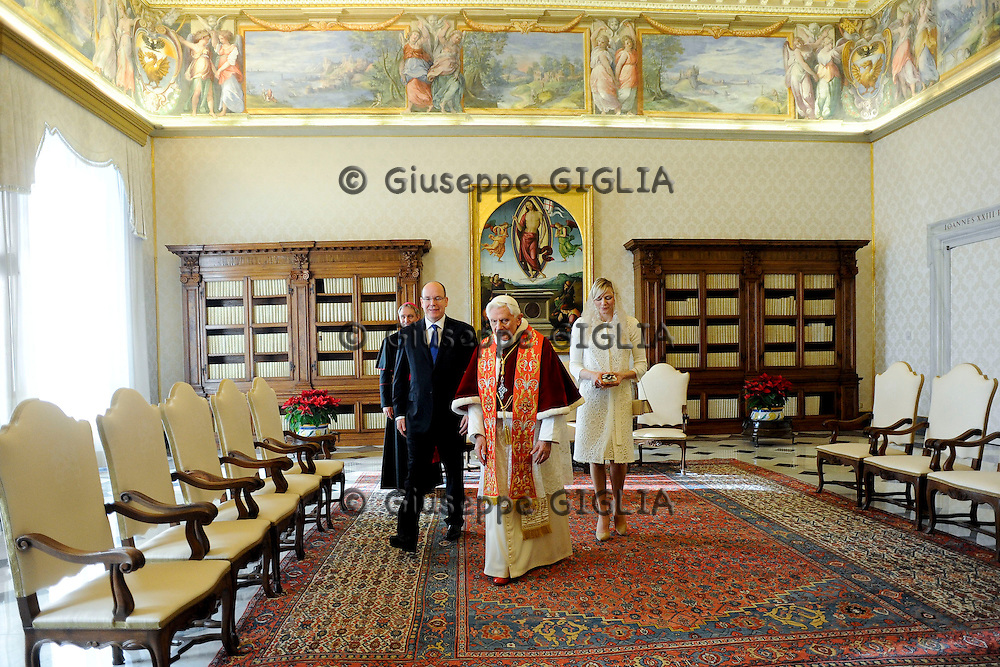 Prince Alberto of Monaco and Princess Charlene with pope Benedect XVI in his private office in Vatican.