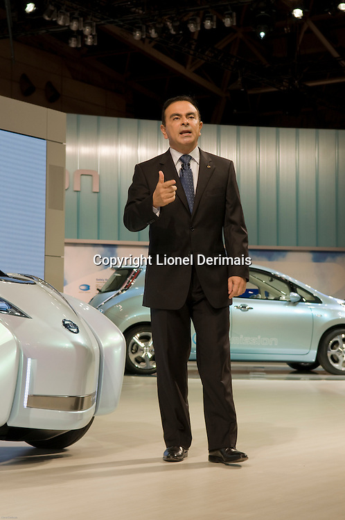 Carlos Ghosn, Nissan and Renault CEO presents the Nissan electric cars. Tokyo motorshow 2009.