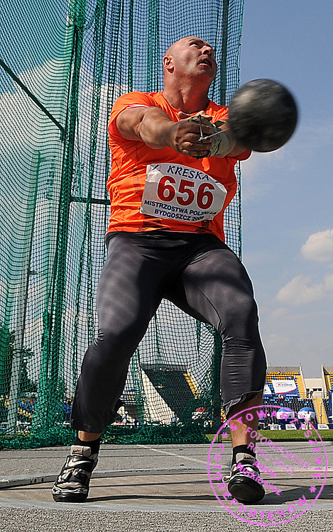 SZYMON ZIOLKOWSKI ( HAMMER THROW ) DURING POLISH CHAMPIONSHIP IN ATHLETICS AT ZAWISZA STADIUM IN BYDGOSZCZ, POLAND..BYDGOSZCZ , POLAND , AUGUST 2, 2009..( PHOTO BY ADAM NURKIEWICZ / MEDIASPORT )..PICTURE ALSO AVAIBLE IN RAW OR TIFF FORMAT ON SPECIAL REQUEST.