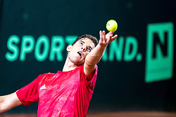 02.02.2018, VAZ, St. Pölten, AUT, Davis Cup, Österreich vs Weissrussland, Europa-Afrika-Zone, 1. Runde, im Bild Dominic Thiem (AUT) am Freitag, 02. Februar 2018, während seines Spiels gegen Dzmitry Zhyrmont (BLR) // Dominic Thiem of Austria during the Davis Cup - Europe - African zone - 1st Round between Austria and Belarus at the VAZ in St. Pölten, Austria on 2018/02/02. EXPA Pictures © 2018, PhotoCredit: EXPA/ Sebastian Pucher