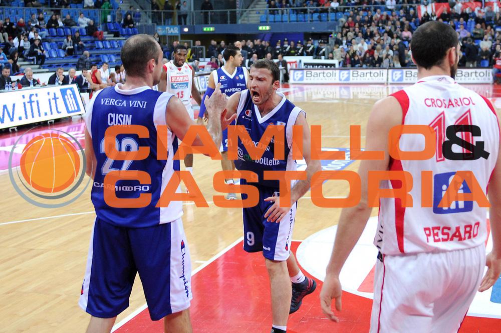 DESCRIZIONE : Pesaro Lega A 2012-13 Scavolini Banca Marche Pesaro Chebolletta Cantu<br /> GIOCATORE : Markoishvili<br /> CATEGORIA : esultanza scelta<br /> SQUADRA : Chebolletta Cantu<br /> EVENTO : Campionato Lega A 2012-2013 <br /> GARA : Scavolini Banca Marche Pesaro Chebolletta Cantu<br /> DATA : 18/11/2012<br /> SPORT : Pallacanestro <br /> AUTORE : Agenzia Ciamillo-Castoria/C.De Massis<br /> Galleria : Lega Basket A 2012-2013  <br /> Fotonotizia : Pesaro Lega A 2012-13 Scavolini Banca Marche Pesaro Chebolletta Cantu<br /> Predefinita :