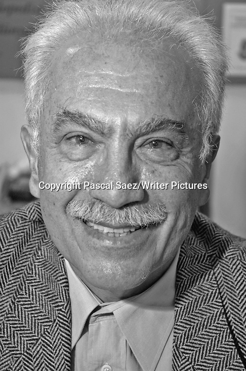 Turkish writer Dogu Perincek at the Istanbul Book Fair.<br /> <br /> Copyright Pascal Saez/Writer Pictures<br /> <br /> contact +44 (0)20 8241 0039<br /> sales@writerpictures.com<br /> www.writerpictures.com