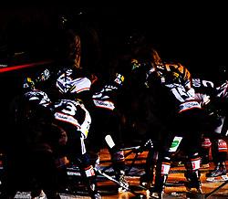 28.11.2010, Eisstadion Liebenau, Graz, AUT, EBEL, Graz 99ers vs KAC, im Bild ein Feature mit der Mannschaft der 99ers vor Spielbeginn, EXPA Pictures © 2010, PhotoCredit: EXPA/ S. Zangrando