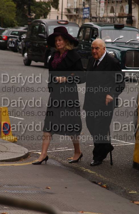Lord and Lady Weidenfeld, Mark Birley funeral. St Paul's , Knightsbridge. London. 19 September 2007. -DO NOT ARCHIVE-© Copyright Photograph by Dafydd Jones. 248 Clapham Rd. London SW9 0PZ. Tel 0207 820 0771. www.dafjones.com.