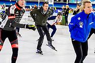 HEERENVEEN - Prins Maurits op het ijs van Thialf Heerenveen tijdens De Hollandse 100. Het doel van dit sportieve evenement is het ophalen van geld voor onderzoek naar lymfklierkanker. ANP ROYAL IMAGES ROBIN UTRECHT