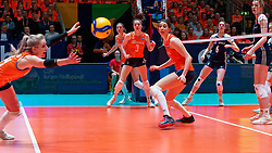 10–01-2020 NED: Olympic qualification tournament women Netherlands - Poland, Apeldoorn<br /> The Dutch volleyball players lost the third group match of the OKT in Apeldoorn 3-1 against Poland / Floortje Meijners #8 of Netherlands, Yvon Beliën #3 of Netherlands, Nika Daalderop #19 of Netherlands