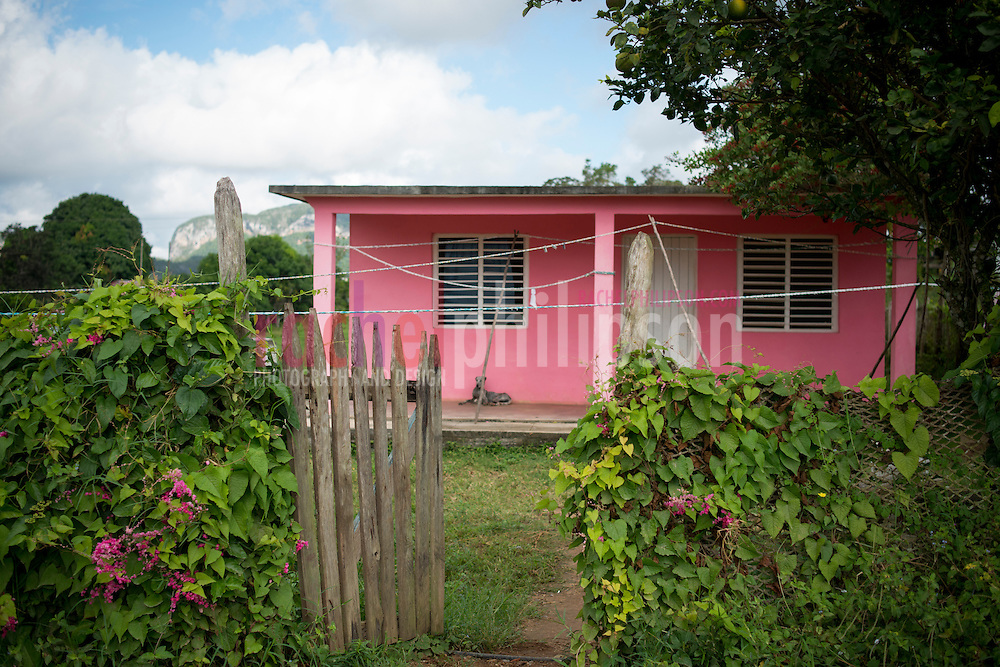 Cuba, Viñales, landscape, farm houses, mountains, pink house