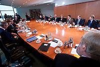 09 JAN 2009, BERLIN/GERMANY:<br /> Jens Weidmann, Abteilungsleiter Wirtschaft im Bundeskanzlkeramt, Hartmut Schauert, CDU, Parl. StS Bundeswirtschaftsministerium, Michael Glos, CSU, Bundeswirtschaftsminister, Angela Merkel, CDU, Bundeskanzlerin, Thomas de Maizière, CDU, Kanzleramtsminister, Peer Steinbrueck, SPD, Bundesfinanzminister, Ulrich Wilhelm, Regierungssprecher, (v.L.n.R., Mitte rechte Tischseite) vor Beginn eines Gespraechs der Bundeskanzlerin mit Vertretern der mittelstaendischen Wirtschaft, Kleiner Kabinettsaal, Bundeskanzleramt<br /> IMAGE: 20090109-01-004<br /> KEYWORDS: Peer Steinbrück