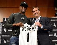 052717 Luis Robert Signing