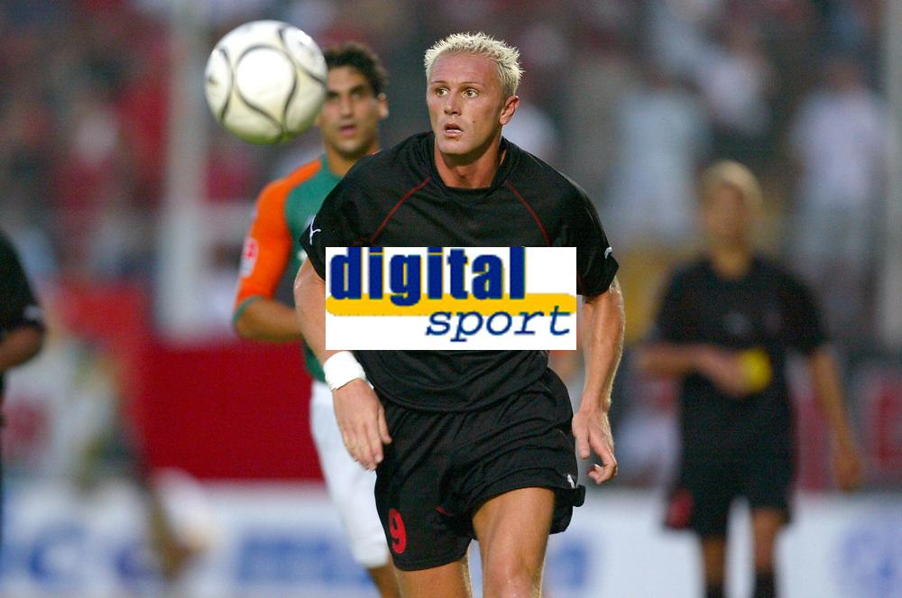 Fotball<br /> Frankrike<br /> Oppkjøring til den franske ligaen 2003/2004<br /> Foto: DPPI/Digitalsport<br /> <br /> NORWAY ONLY<br /> <br /> FOOTBALL - INTERTOTO CUP 2003  - 0307319 - OGC NICE v WERDER BREME - LILIAN LASLANDES - PHOTO JEAN MARIE HERVIO / FLASH PRESS