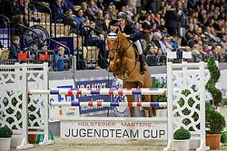 JOHANNSEN Mattis (GER), Chicca-Blue<br /> Neumünster - VR Classics 2018<br /> Mannschaftsspringen Holsteiner Masters Jugend Team Cup<br /> © www.sportfotos-lafrentz.de/Stefan Lafrentz