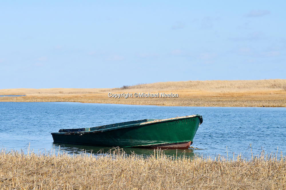 Chatham Cape Cod, Old Green Wood Boat