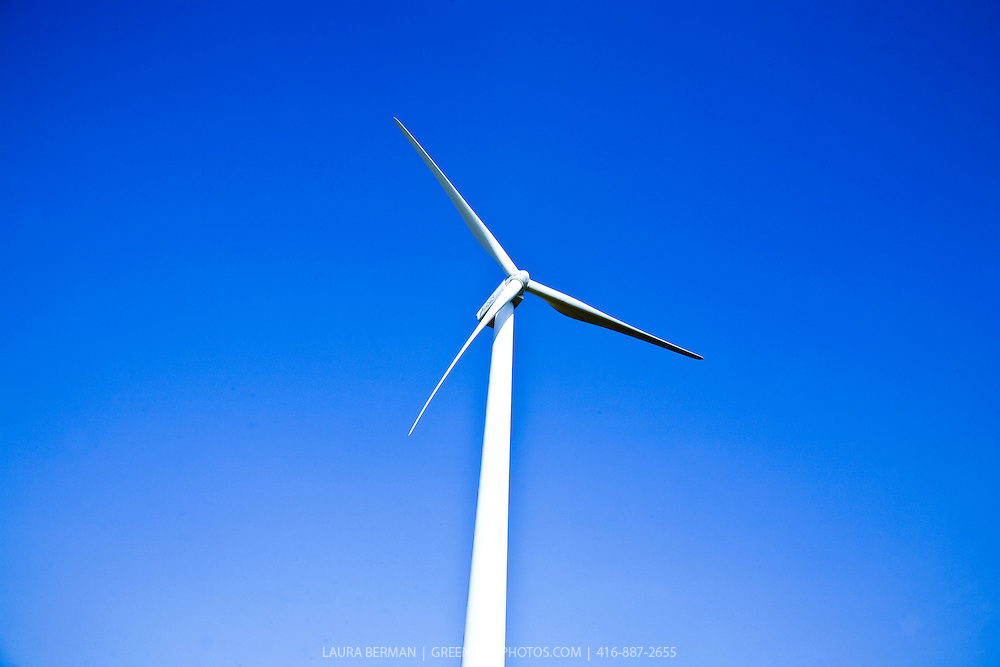 Photo of windmill turbines at the Melancthon Wind Plant in Shelburne, Ontario, Canada.